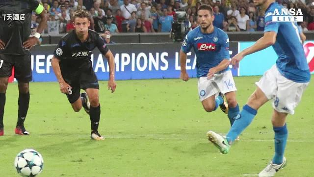 Napoli-Nizza 2-0 in andata play off Champions League